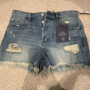 Gap denim shorts new with tags size 25.  $49.99